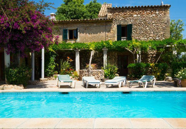 Villa en Pollensa / Pollença - BEAUTIFUL VILLA, PRIVATE POOL! FREE WIFI, AIRCON!
