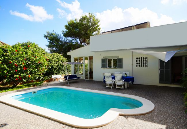 Chalet in Cala Sant Vicenç - Wonderful Villa Pi Gros