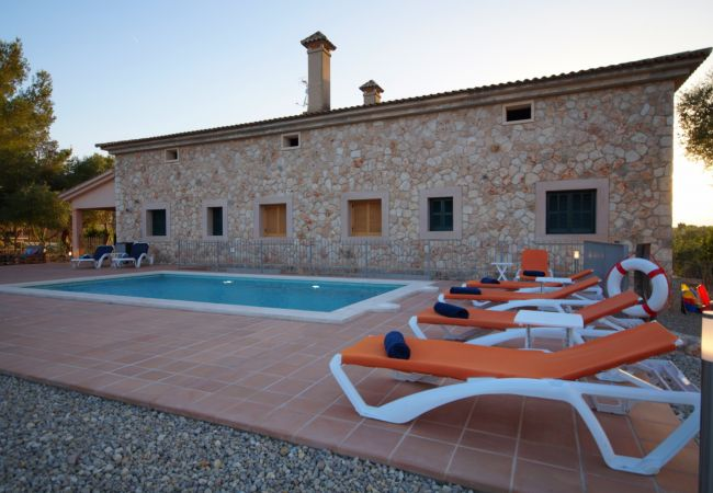 Villa in Sineu - AMAZING VILLA IN SINEU, PRIVATE POOL! 10 PEOPLE